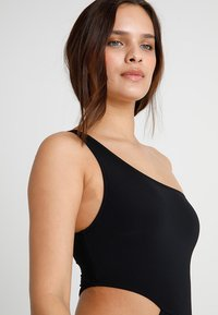 Seafolly - ACTIVE ONE SHOULDER MAILLOT - Swimsuit - black - 3