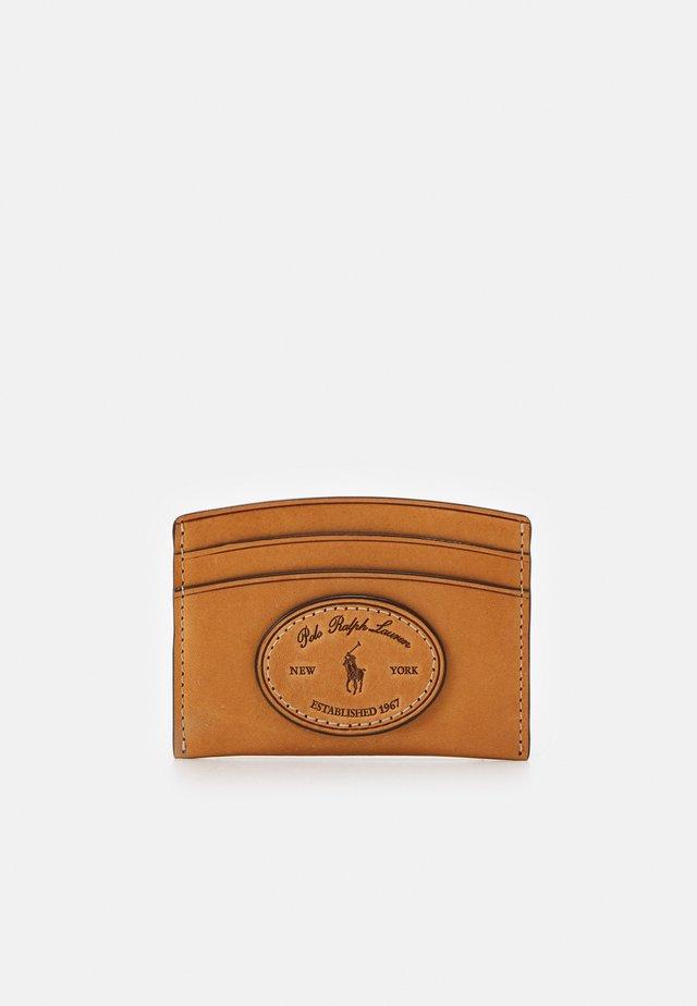 VACHETTA CARD CASE - Peněženka - tan