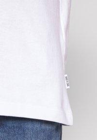Only & Sons - UNISEX ONSLUNG REG TEE - T-shirt med print - white - 5