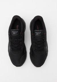 Reebok - RIDGERIDER 5.0 - Zapatillas de running neutras - black/grey/merlot - 3