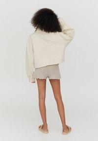 PULL&BEAR - Denim jacket - white - 2