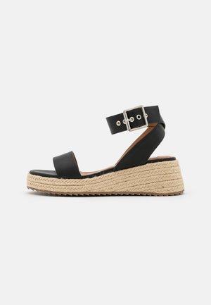 BUCKLED PROFILE SOLE - Platform sandals - black