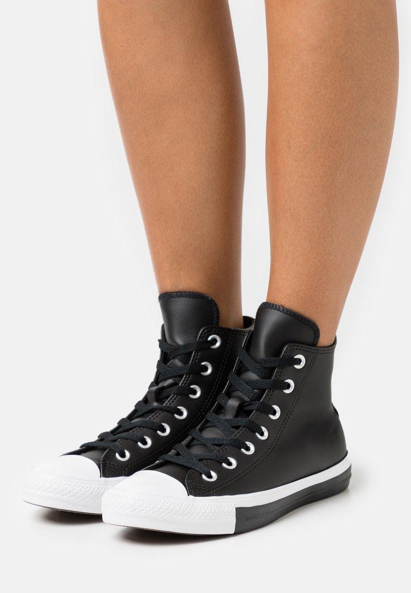 Converse - CHUCK TAYLOR ALL STAR MONO - Zapatillas altas - black/pure silver/white