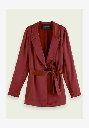 Blazer - ruby red