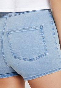 Topshop - JONI - Jeansshorts - bleached denim - 5