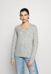 Selected Femme - Strickpullover - light grey melange - 0