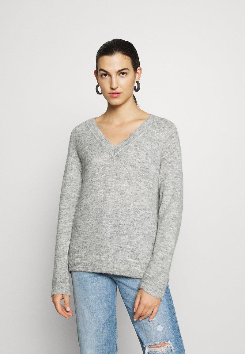 Selected Femme - Strickpullover - light grey melange