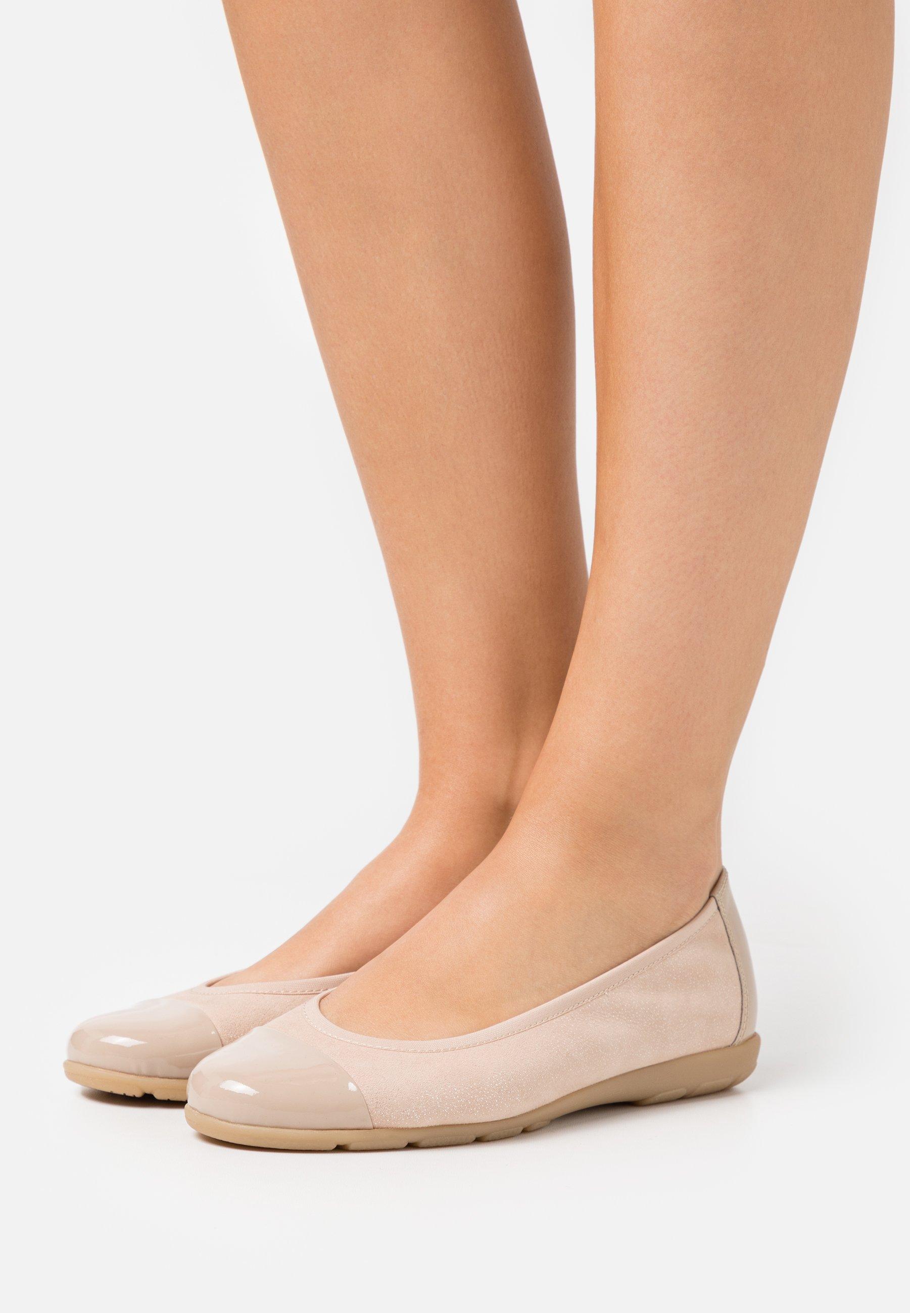 Women Ballet pumps - sand