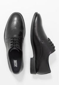 Jacamo - LACE UP DERBY SHOE - Business sko - black - 1