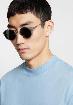GREEN OUTDOOR - Sunglasses - titanium