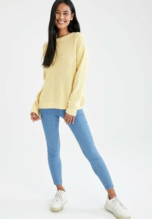 REGULAR FIT - Jumper - yellow