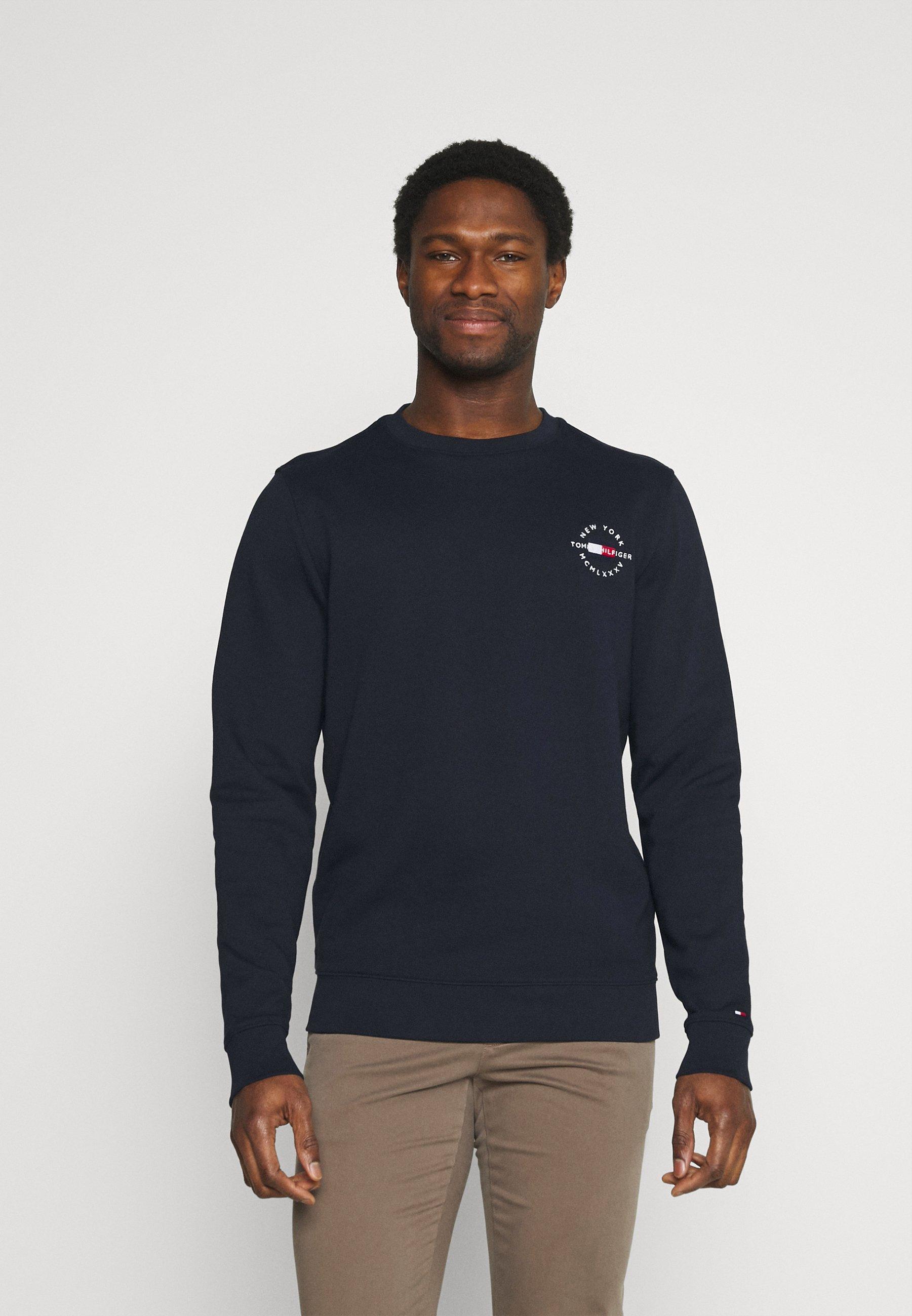 Homme CIRCLE CHEST CORP CREWNECK - Sweatshirt