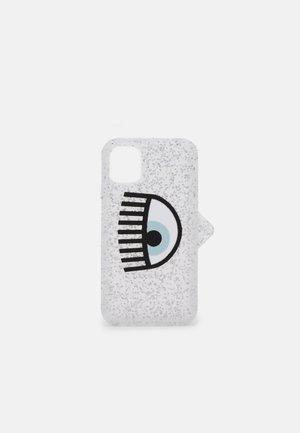 LOGOMANIA GLITTER CASE IPHONE 12 - Telefoonhoesje - silver