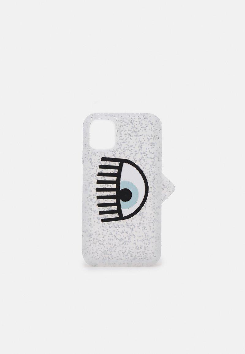 CHIARA FERRAGNI - LOGOMANIA GLITTER CASE IPHONE 12 - Phone case - silver