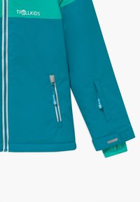 TrollKids - GIRLS HALLINGDAL - Snowboardjakke - light petrol/dark mint/white - 3