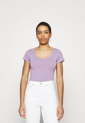 TRICK - Jednoduché triko - lavender