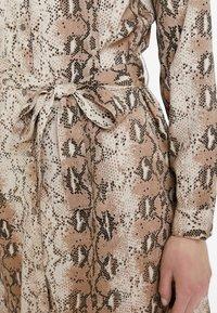 ICHI - IXVERO - Shirt dress - tapioca - 5