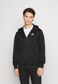 Nike Sportswear - REPEAT HOODIE - Sudadera con cremallera - black/reflective silver - 0
