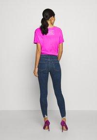 Dorothy Perkins - NIBBLE DARCY - Jeans Skinny Fit - indigo - 2