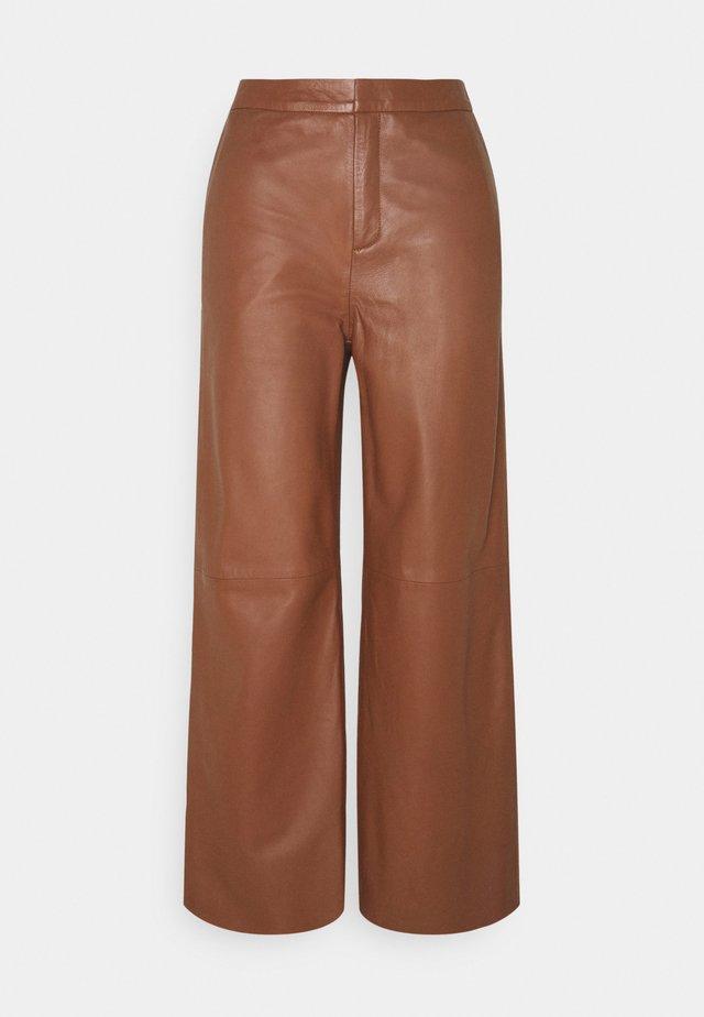 ELAH - Pantalon en cuir - chocolate glaze