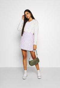 Cotton On - DREW WRAP SKIRT - A-line skirt - lena ditsy powder lilac - 1