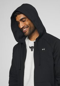 Under Armour - RIVAL  - Zip-up hoodie - black/onyx white - 3