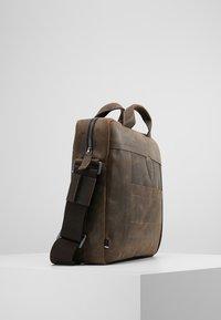 Strellson - HUNTER BRIEFBAG - Briefcase - dark brown - 3