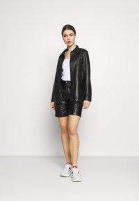 STUDIO ID - CAROLINE SHORTS - Leather trousers - black - 1