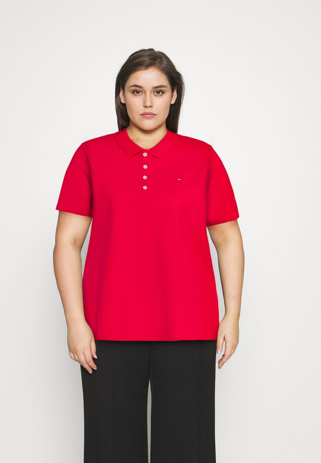 ESSENTIAL - Polo - primary red
