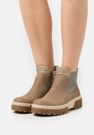 Platform ankle boots - fango/beige