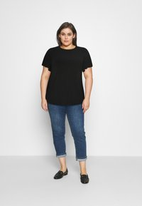 Even&Odd Curvy - T-shirts - black - 1