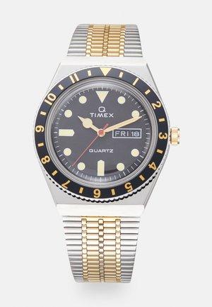 Q DIVER UNISEX - Watch - black