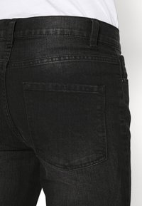 Newport Bay Sailing Club - SLIM LEG - Jeans slim fit - washed black - 5