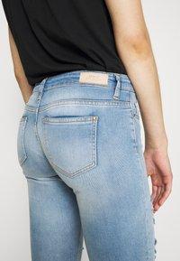 ONLY - ONLCORAL DESTROY  - Jeans Skinny Fit - light-blue denim - 3