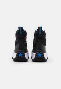 Converse - RUN STAR HIKE PLATFORM DIGITAL EXPLORER - Zapatillas altas - black/white - 5