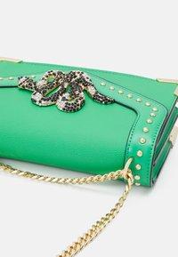 ALDO - BAYVIA - Across body bag - kelly green - 4
