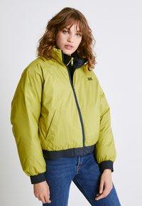 Levi's® - LYDIA REVERSIBLE PUFFER - Winter jacket - salute - 0