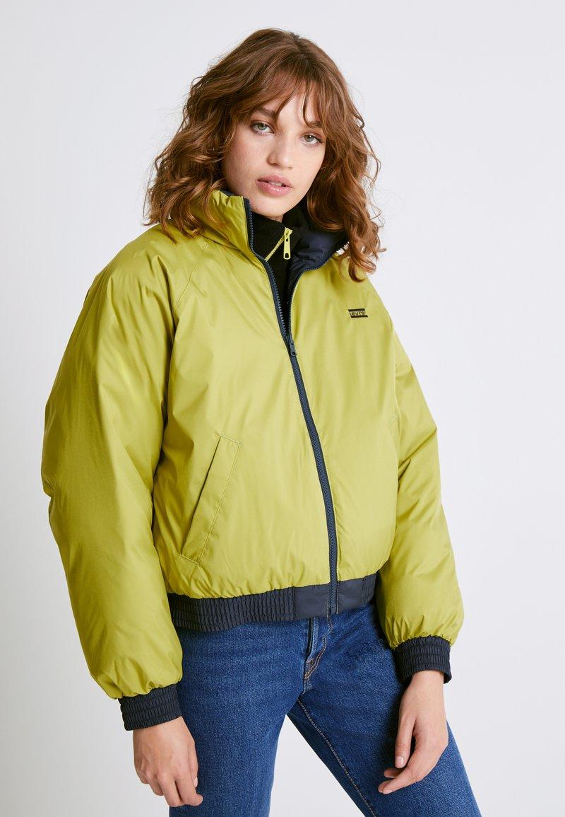 Levi's® - LYDIA REVERSIBLE PUFFER - Winter jacket - salute