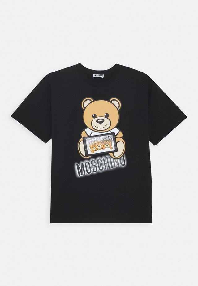 MAXI UNISEX - Camiseta estampada - black