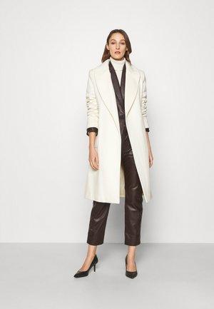 LINED COAT - Classic coat - cream