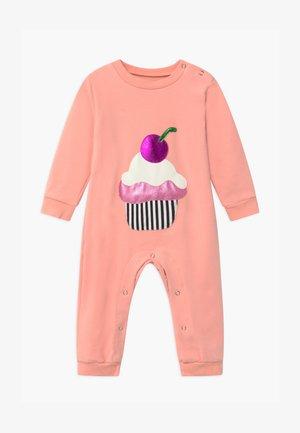 SWEEY DREAMS ONSIE BABY - Pyjamas - pink