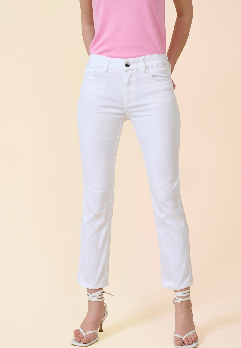 ORSAY - Trousers - weiß