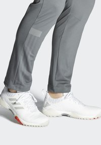 adidas Golf - CHAOS BOOST TRAXION GOLF SNEAKERS SHOES - Golf shoes - white/grey - 0