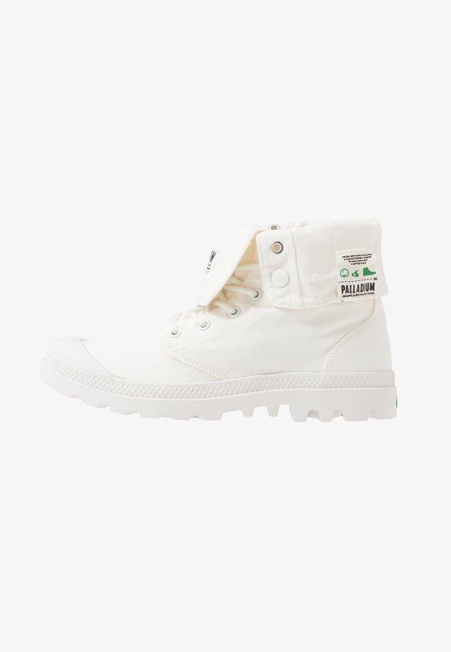 BAGGY ORGANIC - Šněrovací kotníkové boty - star white