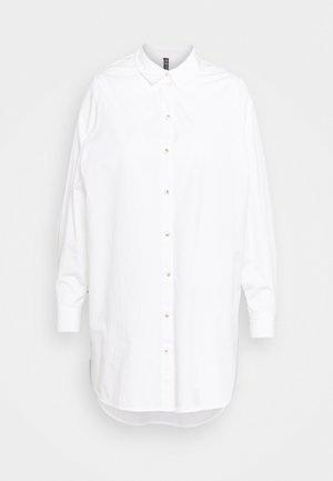 PCNOMA LONG SHIRT - Button-down blouse - cloud dancer