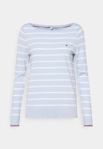 BOAT NECK  - Jumper - breezy blue/optic white