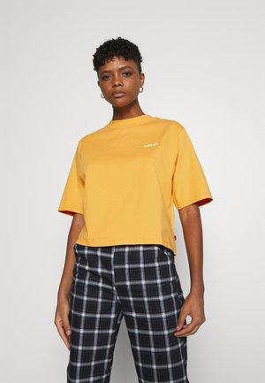 SHORT SLEEVE MOCKNECK - T-shirt print - ochre