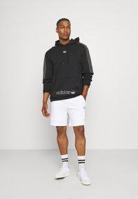 adidas Originals - UNISEX - Sweatshirt - black/chalk white - 1