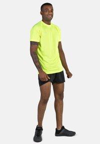 IZAS - Short de sport - black - 1