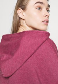 BDG Urban Outfitters - ZIP THROUGH HOODIE - Sweat à capuche zippé - raspberry - 3